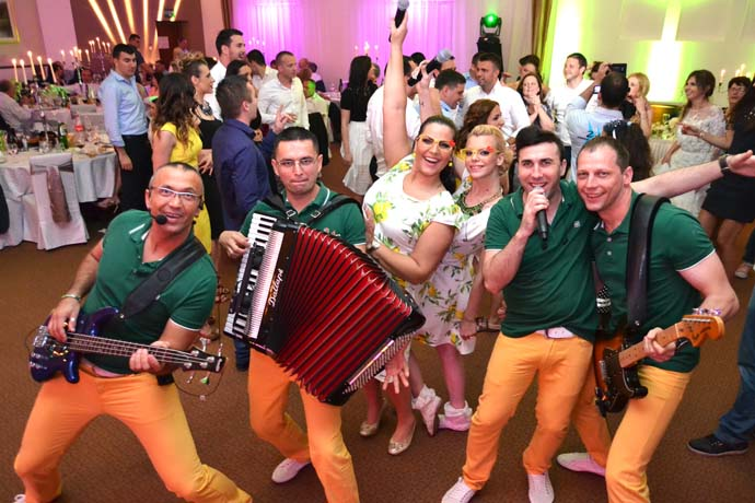 Corona Band - Foto galerija