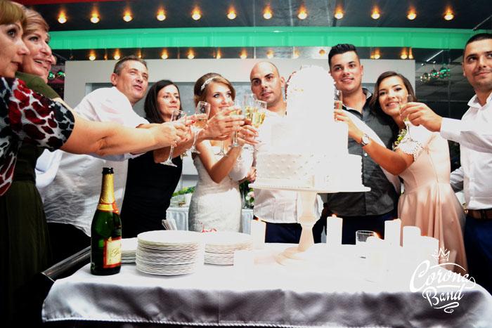 Corona Band - svadba restoran DUKAT Valjevo