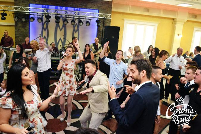 Corona Band - bend za rodjendan
