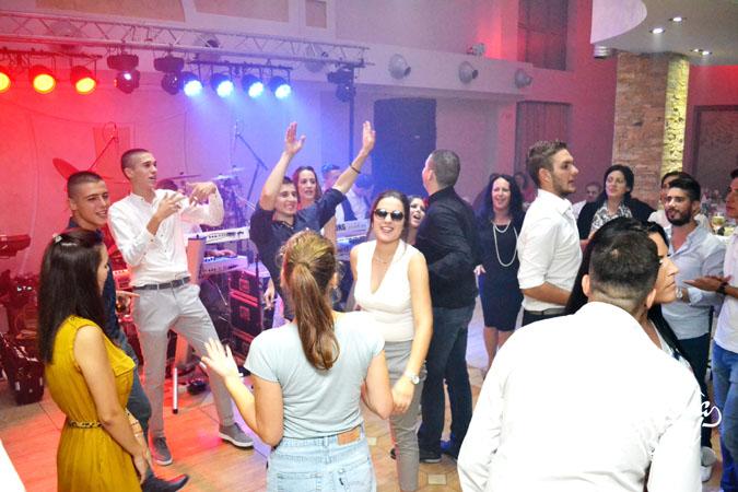 Corona Band - bend za vencanje